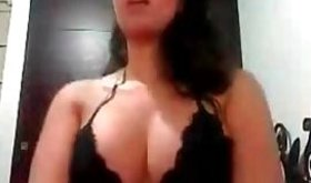 Homemade video shows a sexy brunette in black lingerie